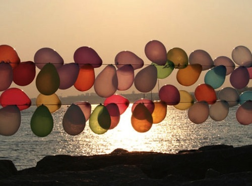balloon-garland-oh-joy